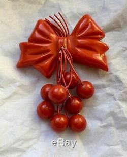 Bakelite Cherries Bow Pin Brooch vintage Dangle 40s carved