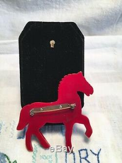 Bakelite Walking Horse Pin, Overdyed, Glass Eye Very Nice Vintage Condition