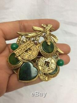 Beautiful Vtg Signed Art Green Bakelite Asian Theme Clip Pin Brooch