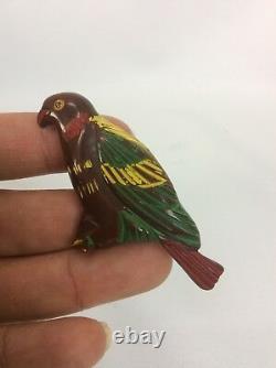 Beautiful vtg Carved Bakelite Painted Parrot Bird pin brooch
