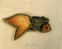 Gorgeous Vintage Carved Prystal Bakelite Apple Juice Rhinestone Fish Brooch PIN