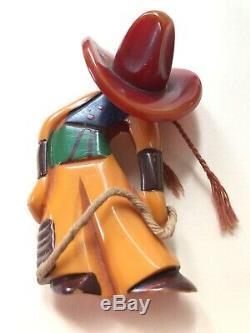 RARE VINTAGE 1940'S BAKELITE PIN CARVED Cowboy