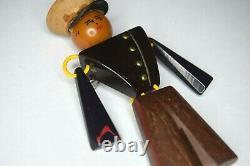 RARE Vtg 1940's WWII U. S Marine Corps Bakelite Patriotic Sweetheart Brooch Pin