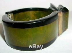 Rare! Vintage 40s Bakelite Matching Set Ribbon Bow Hinged Bracelet & Brooch Pin