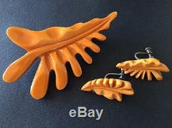Rare Vintage Butterscotch Tropical Leaf Bakelite Pin And Earring Set. Perfect