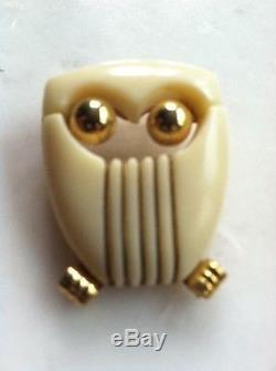 Stunning Rare Bakelite Lucky White Owl Pin Brooch Vtg Costume Jewelry Gold Tone