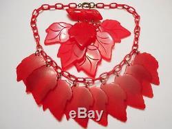 THE BEST 40s Vintage RED BAKELITE LEAF Carved Charm NECKLACE & PIN SET