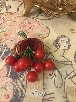 VINTAGE 1930s Bakelite Dangling Red EIGHT Cherry Brooch Pin