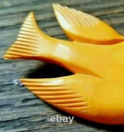 VINTAGE 40s BAKELITE CHUNKY CARVED BUTTERSCOTCH DOVE BIRD PIN BROOCH- 2-1/2
