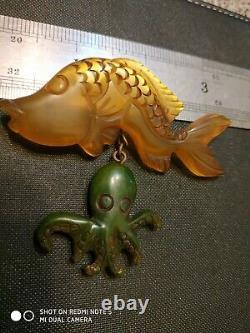 Very rare vintage bakelite fish pin brooch dangle octopus