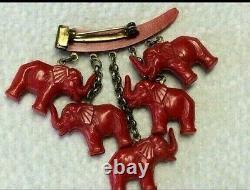 Vintage 1940s Bakelite Deep Carved Cherry Red Dangling Elephants Pin Brooch EUC