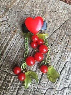 Vintage Bakelite Cherry Pin/brooch