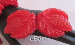 Vintage Bakelite Deep Carved Red Strawberry Bracelet Earrings Pin 4Pc Parure Set