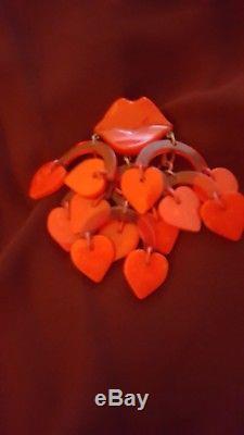 Vintage Bakelite Valentine Red Heart Brooch Pin