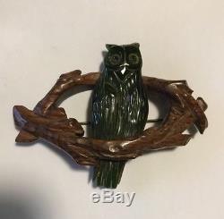 Vintage Bakelite & Wood Owl Pin