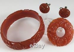 Vintage Carmel Cognac Deeply Carved Bakelite Bangle Bracelet Pin Earring Set