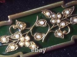 Vintage Jewelry Deco Green Bakelite Gilt Brass Bar Pin Brooch Seed Bead Flower