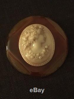 Vintage Large Amber Coloured Bakelite Cameo Brooch Pin Immaculate