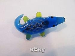 Vintage Lucite Rare Blue Green Alligator Crocodile Pin Brooch Open Mouth