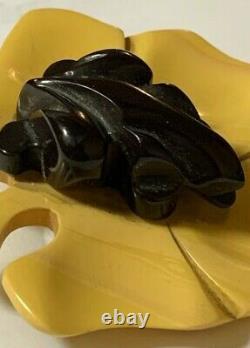Vintage RARE Carved Bakelite Pin brooch Black Frog Yellow Leaf Beautiful RARE
