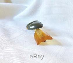 Vintage Reversed Carved Bakelite Pin Double Puffy Hearts And Arrow