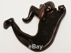 Vintage WWII Kilroy Was Here Bakelite Screw Back Pocket Peeper Topper Pin Brooch