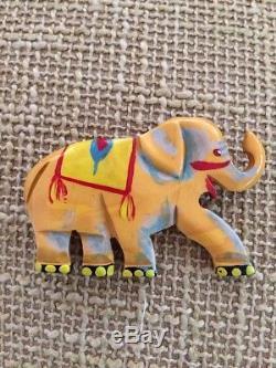 Vintage martha sleeper BAKELITE pin circus elephant. Extremely RARE